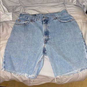 Levi's 90s Mom Shorts